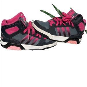 ADIDAS SHOES SIZE 5/1/2  pink